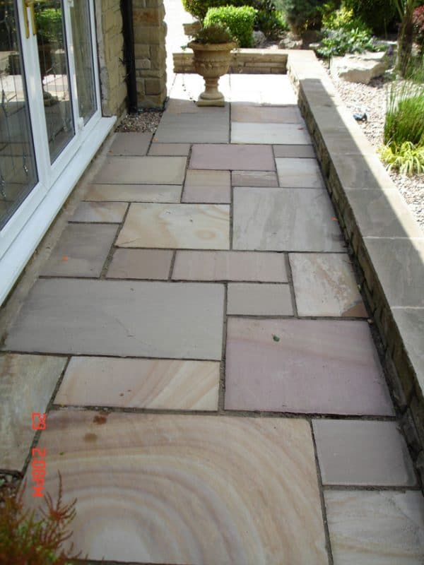 RIPPON BUFF SANDSTONE PAVING SLABS