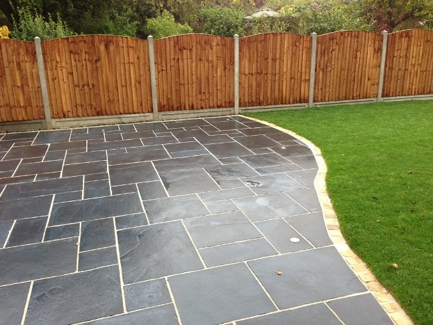 Pave world patio slabs paving slabs sandstone paving for Cleaning concrete patio slabs